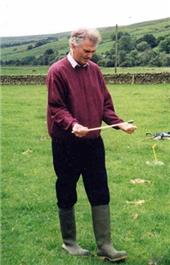 Scottish Water © 2004, a hydrogeologist having a go at divining
