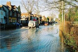David Macdonald, BGS © NERC 2003 - flooding of a road in Oxford, which may possibly be due to groundwater